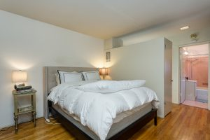 Bedroom of 6 unit apartment complex for sale at 315 Pleasant St, Pasadena, CA 91101